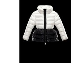 Little Trendsetter: Brrrrrrringing Style & KeepingWarm